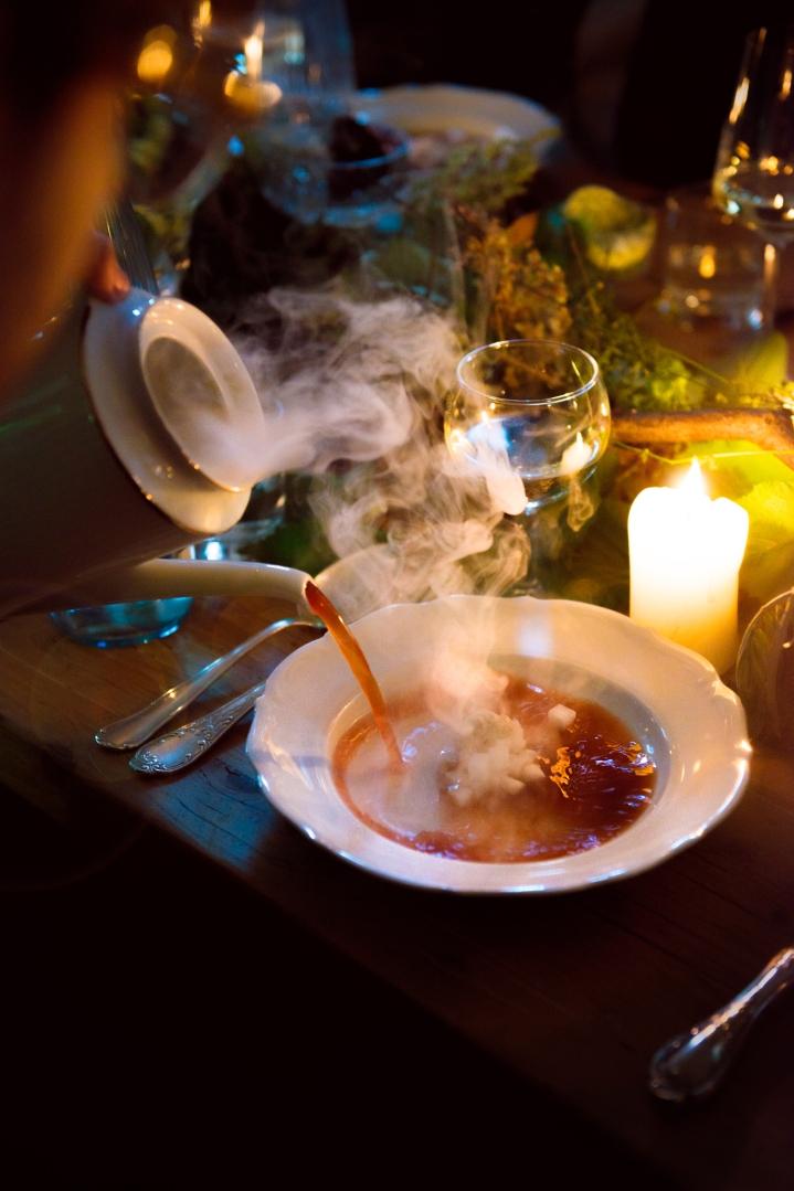 Wild-And-Root-Barkin-Kitchen-Eating-Love-liebe-essen-Photo-by-Carina-Adam--CAR_5184-Bearbeitet Kopie